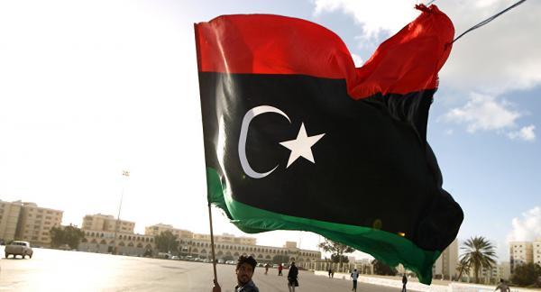 محافظ مصرف ليبيا المركزي يأمل في إنهاء تعطيل النفط قريبا