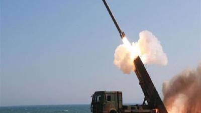سوريا: الدفاع الجوي يتصدى لأهداف معادية في سماء حمص