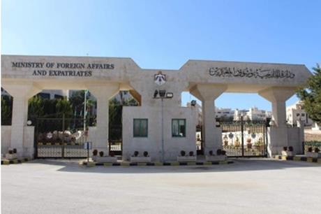 السفارة الأردنية في القاهرة تنفي اشاعات حول اجلاء أردنيين