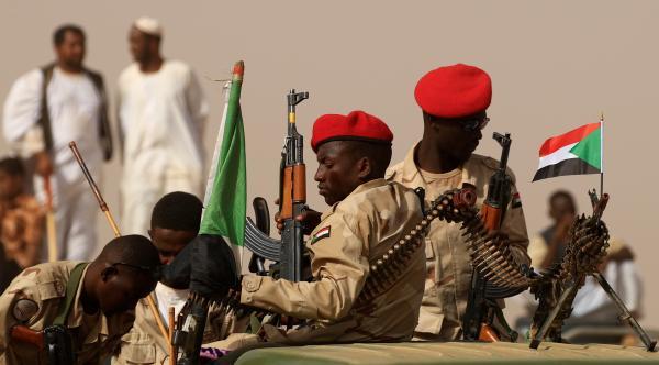 الجيش السوداني يعيد انتشاره على الحدود الإثيوبية وإجلاء عدد من الأهالي