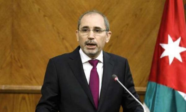 الصفدي ونظيره المصري يبحثان منع إسرائيل ضم أراض فلسطينية
