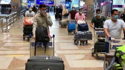 القوى العاملة: الحصول على تصريح الدخول قبل حجز تذاكر السفر للإمارات