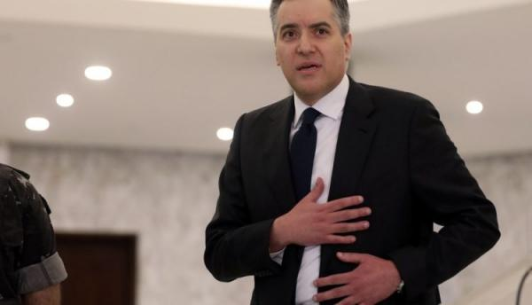 مصطفى أديب يعتذر عن مهمة تشكيل الحكومة في لبنان