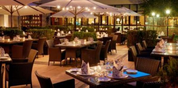 قطاع المطاعم: إفلاس أكثر من 9 آلاف منشأة و300 مليون دينار خسائر