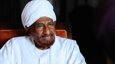 جثمان الإمام الصادق المهدي يوارى الثرى في أم درمان