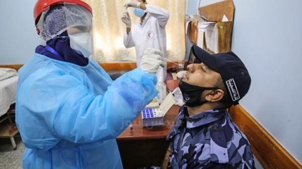 9 حالات وفاة و815 اصابة جديدة بفيروس كورونا في غزة