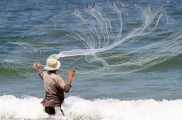 صندوق لدعم صيادي العقبة وتعديلات لحماية البيئة البحرية