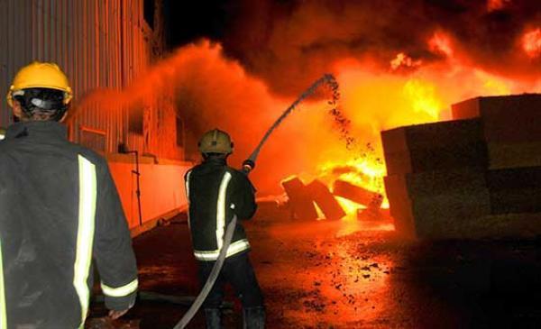 حريق بمصنع مواد طبية في سحاب