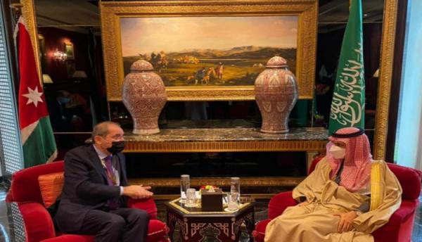 وزير الخارجية يلتقي نظيره السعودي السبت
