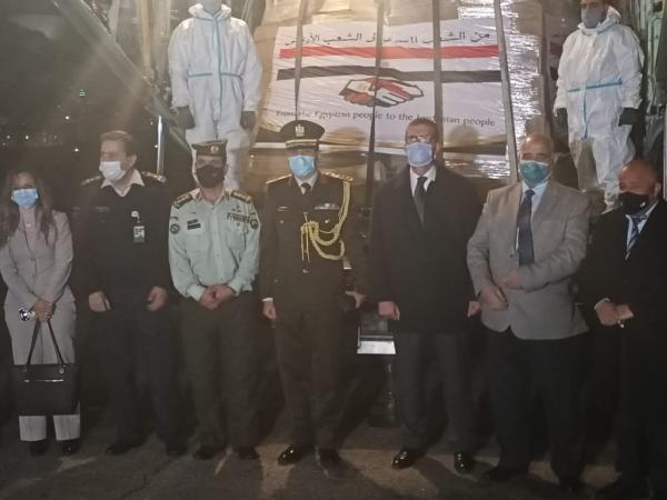 12 طن قافلة مساعدات طبية عاجلة مقدمة من مصر الي الأردن الشقيق