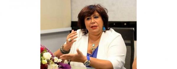 وزيرة الثقافة المصرية تدعم إنتاج الفن الجيد