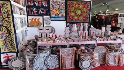 اليوم.. ختام فعاليات معرض البازار للمشغولات اليدوية وديكورات المنزل
