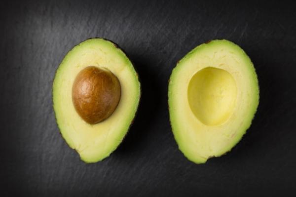 6 فوائد مذهلة جراء تناول الأفوكادو يومياً