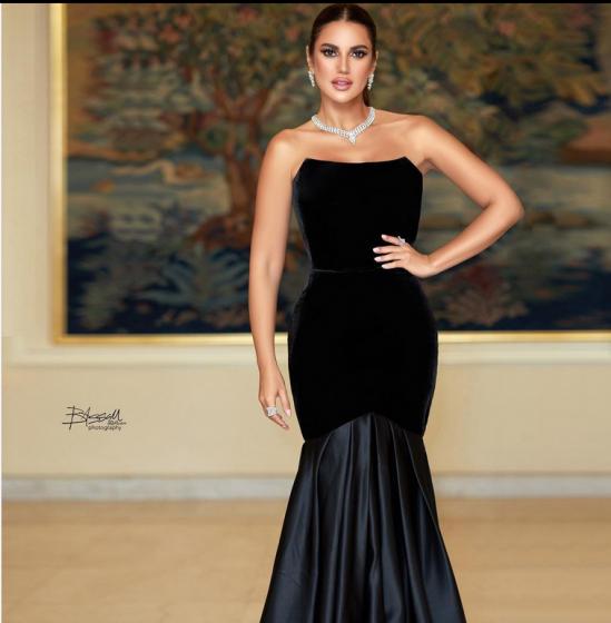 كم بلغ سعر فستان درة في مهرجان أيام الدراما العربية؟